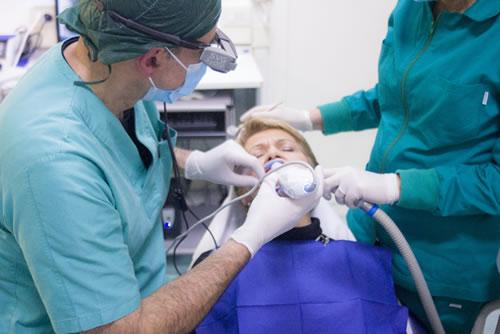 tratamento de bola na garganta em curitiba