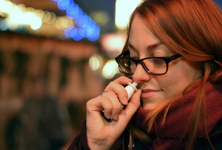 uso excessivo do descongestionante nasal faz mal?